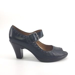 Clark's Mary Jane Shoes 11 Black Leather Peep Toe